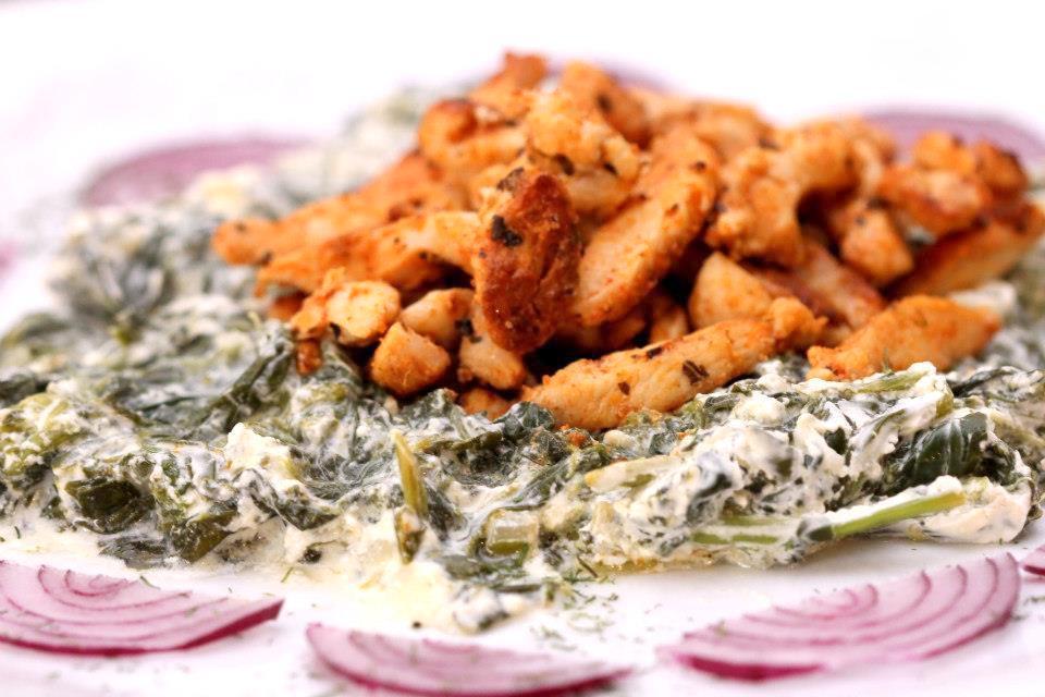 Kuracie rezančeky so špenátovou omáčkou