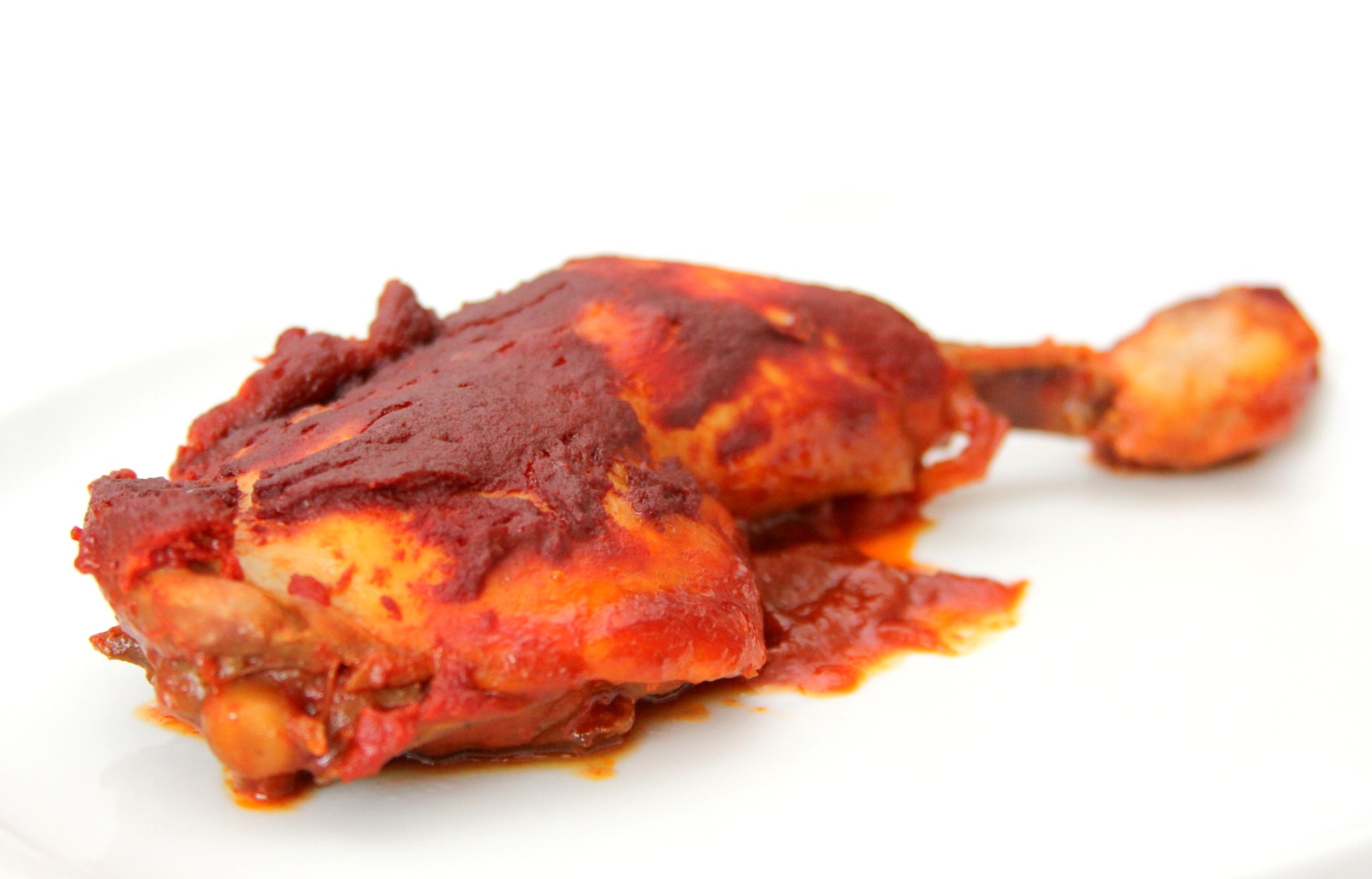 Pečené paradajkové kuracie stehná