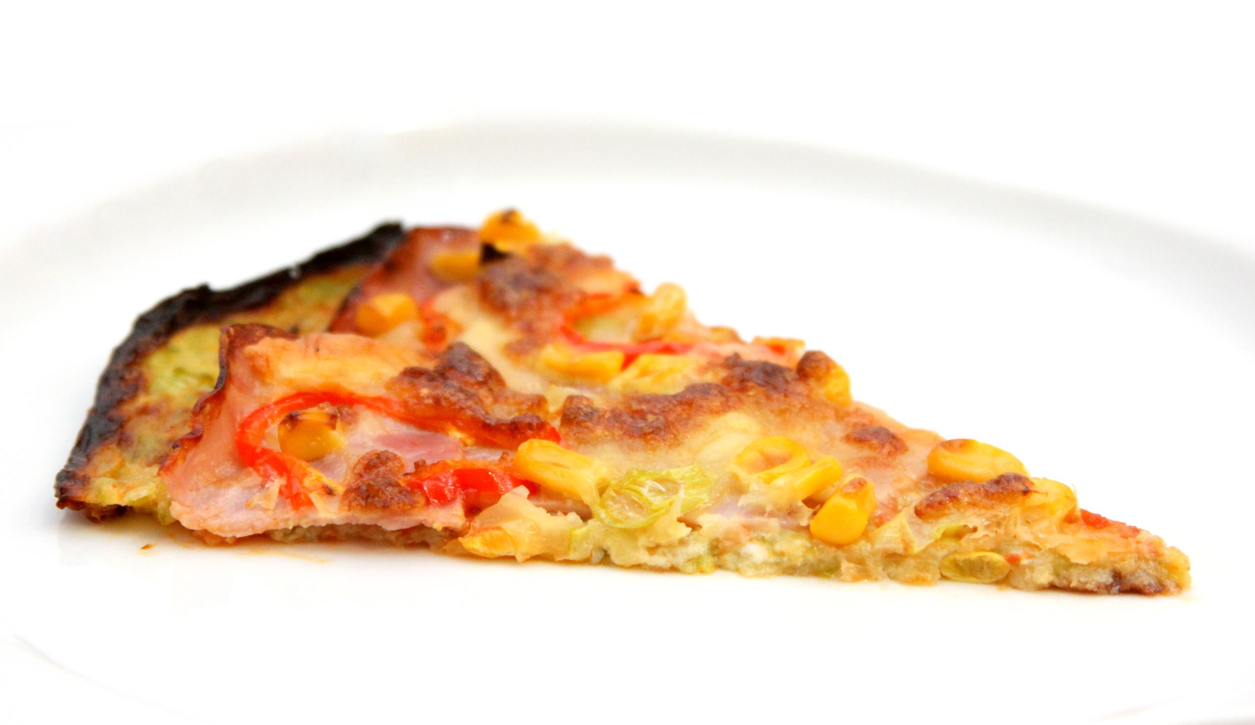 Fit pizza z cuketového cesta